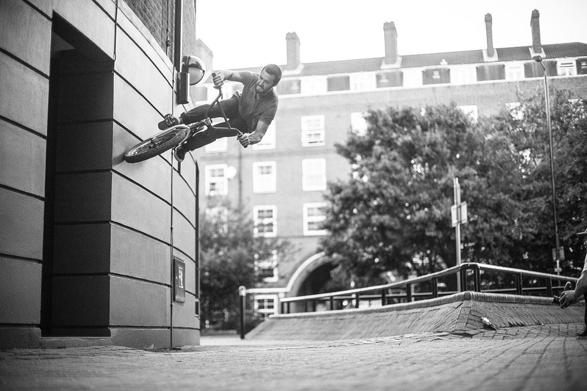 Tiny kicker, big gap - London 2013