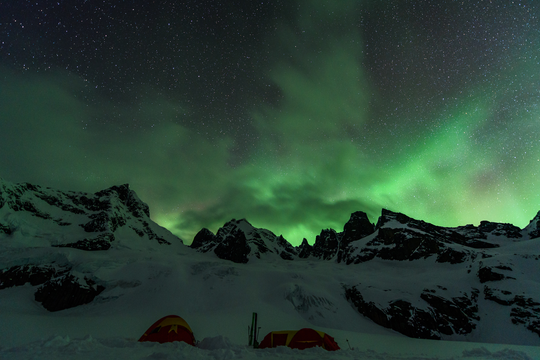 Green sky at night - copyright Fred Marmsater